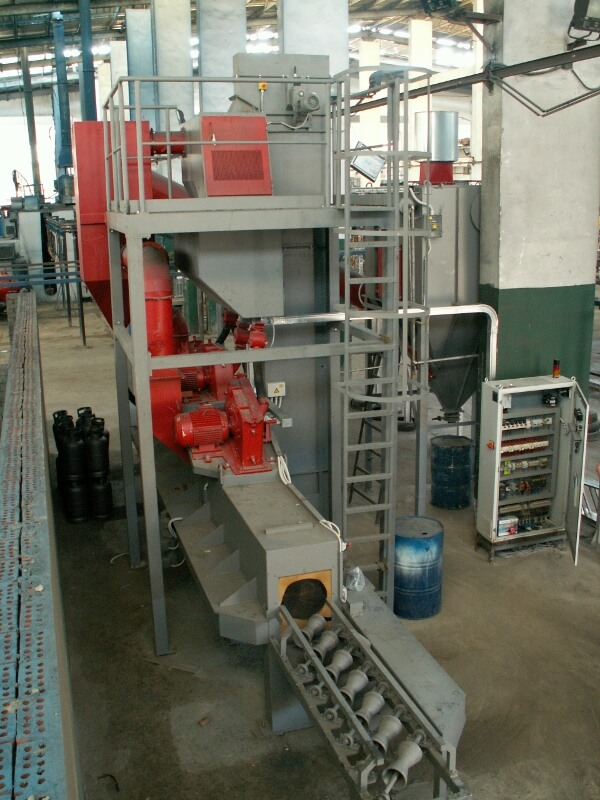 tube-pipe-and-bars-shot-blasting-machine-2